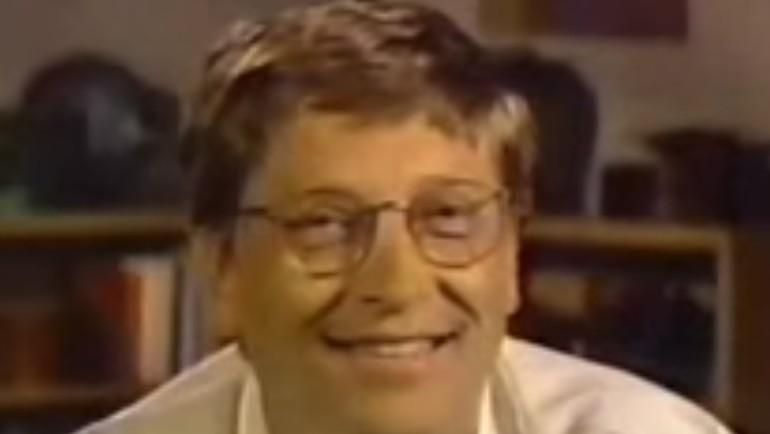 Bill Gates som toppsjef i 1997 når han reddet Apple med en investering som følge av et søksmål.