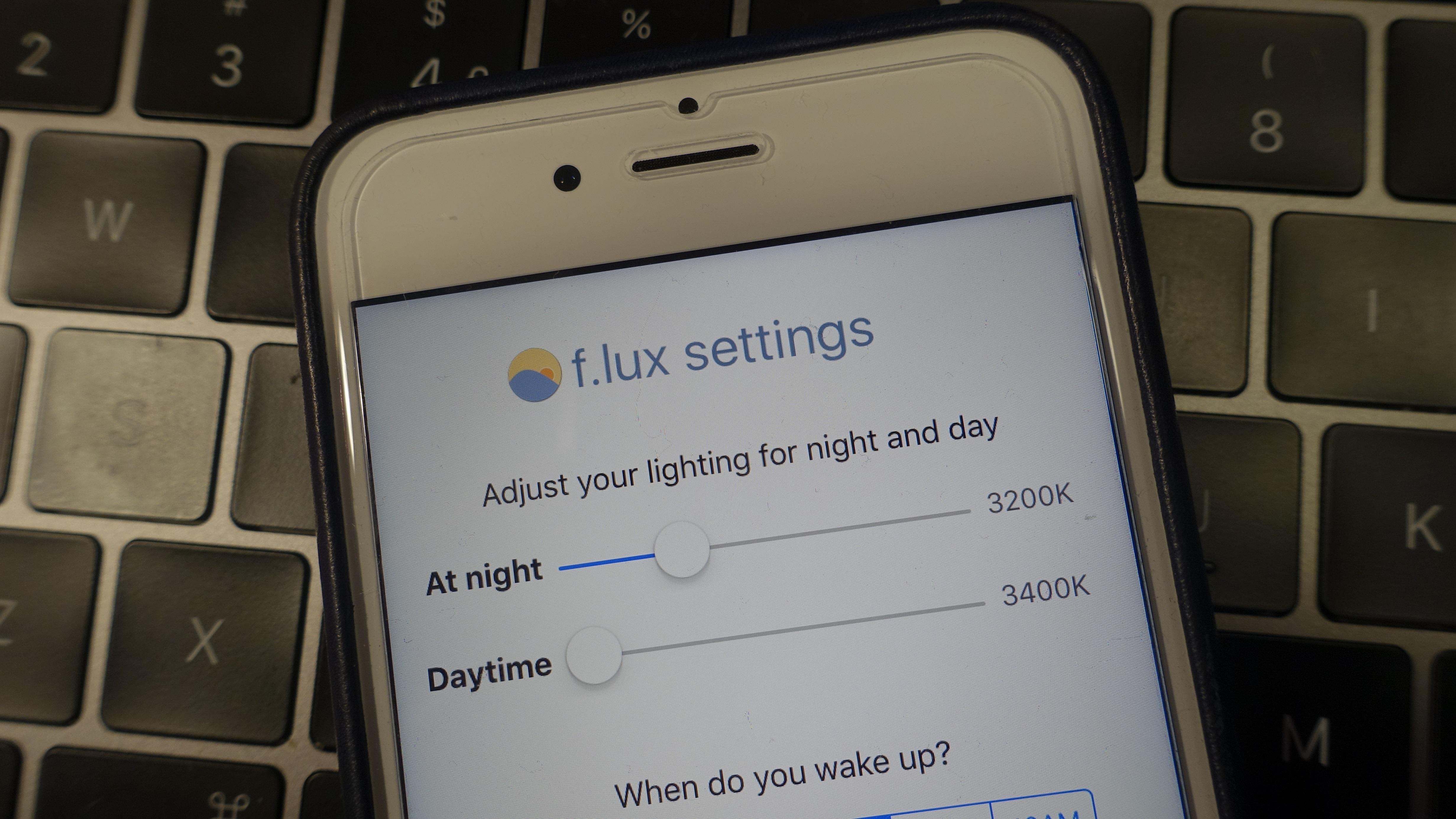 F.lux til iOS.