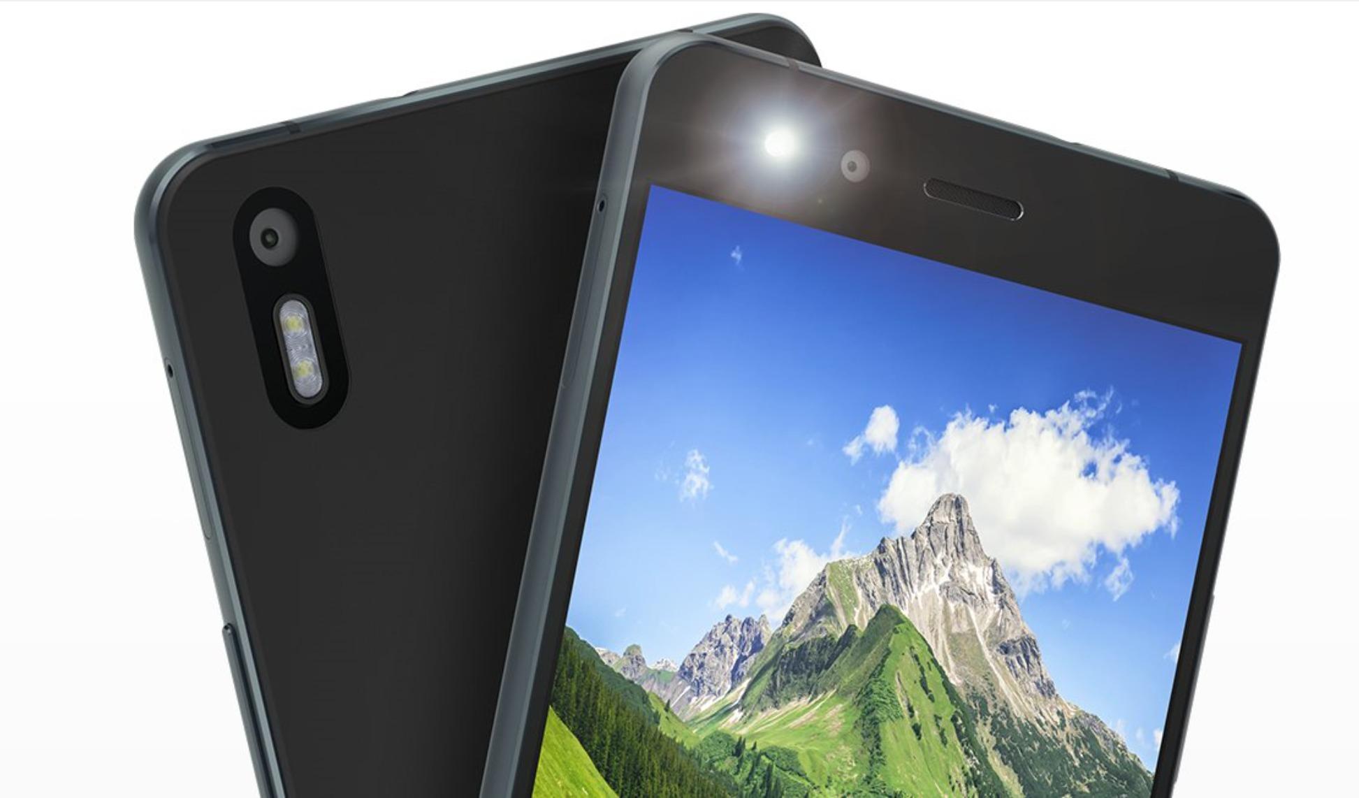 Denne mobilen leveres med Cyanogen OS.