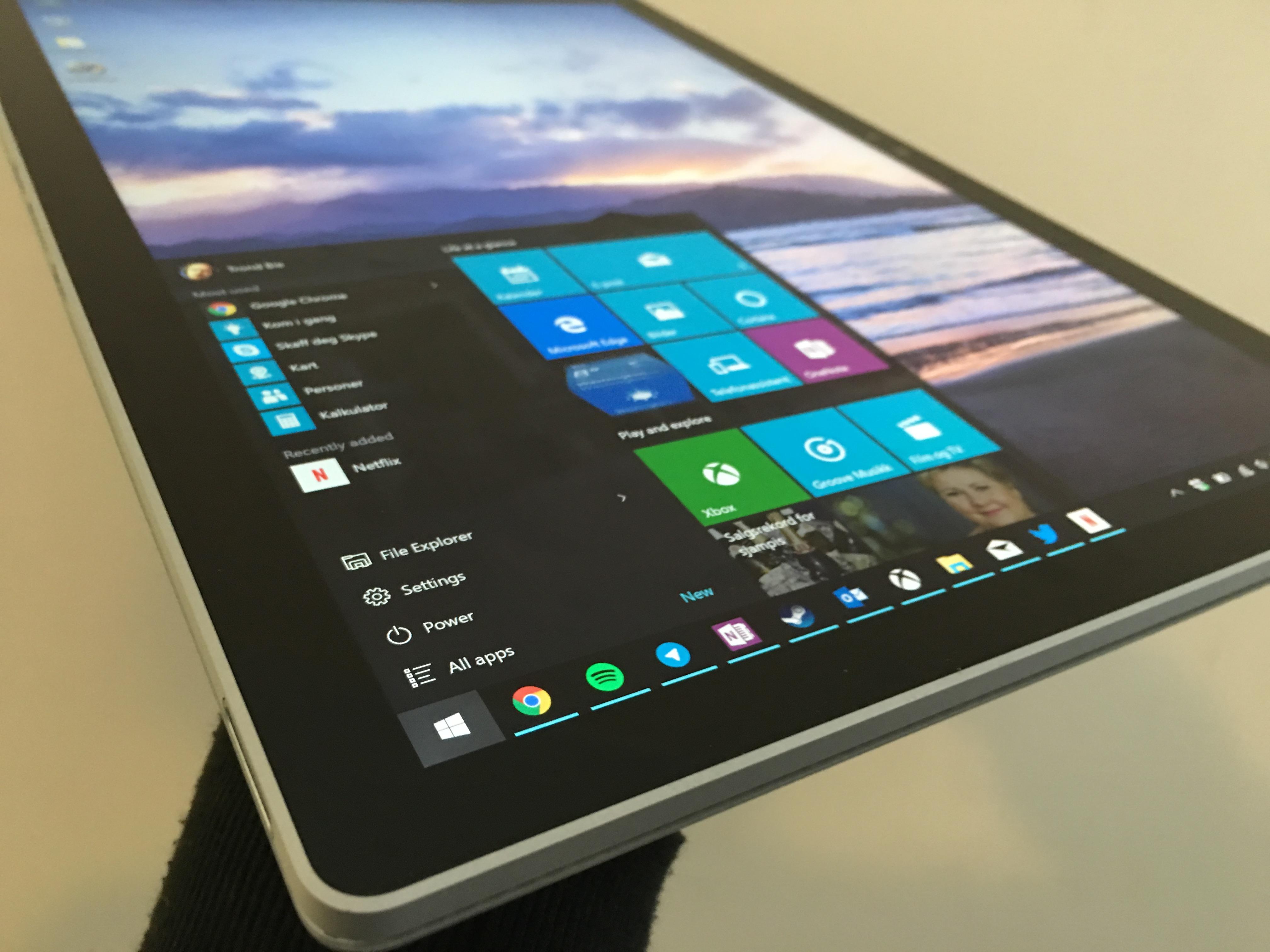 Microsofts markedssjef uttaler at Windows 7-brukerne bruker OS på egen risiko.