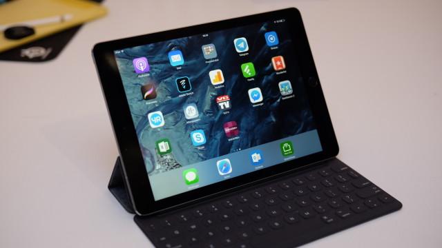 Etter litt tilvenning, er Smart Keyboard godt å bruke.