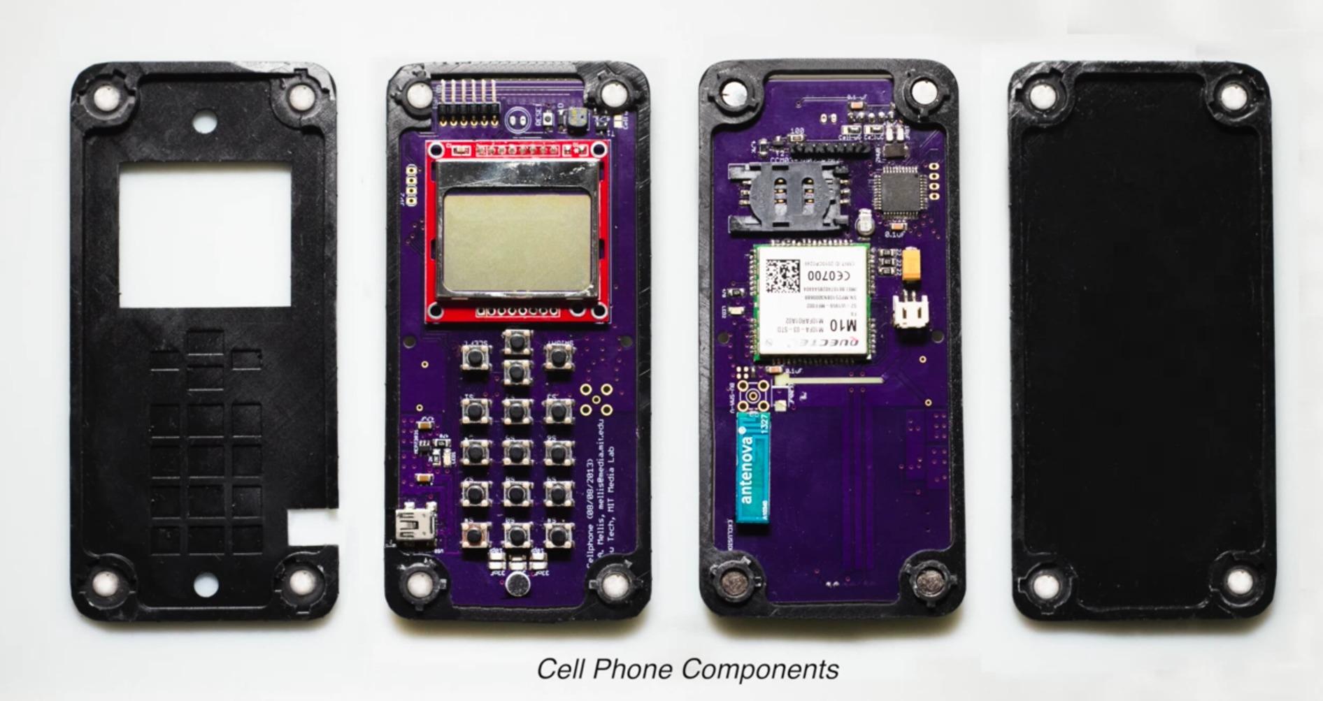 MITs Self Assembly Lab jobber med å finne måter å redusere kompleksiteten i byggingen av smarttelefoner og andre elektroniske artikler.