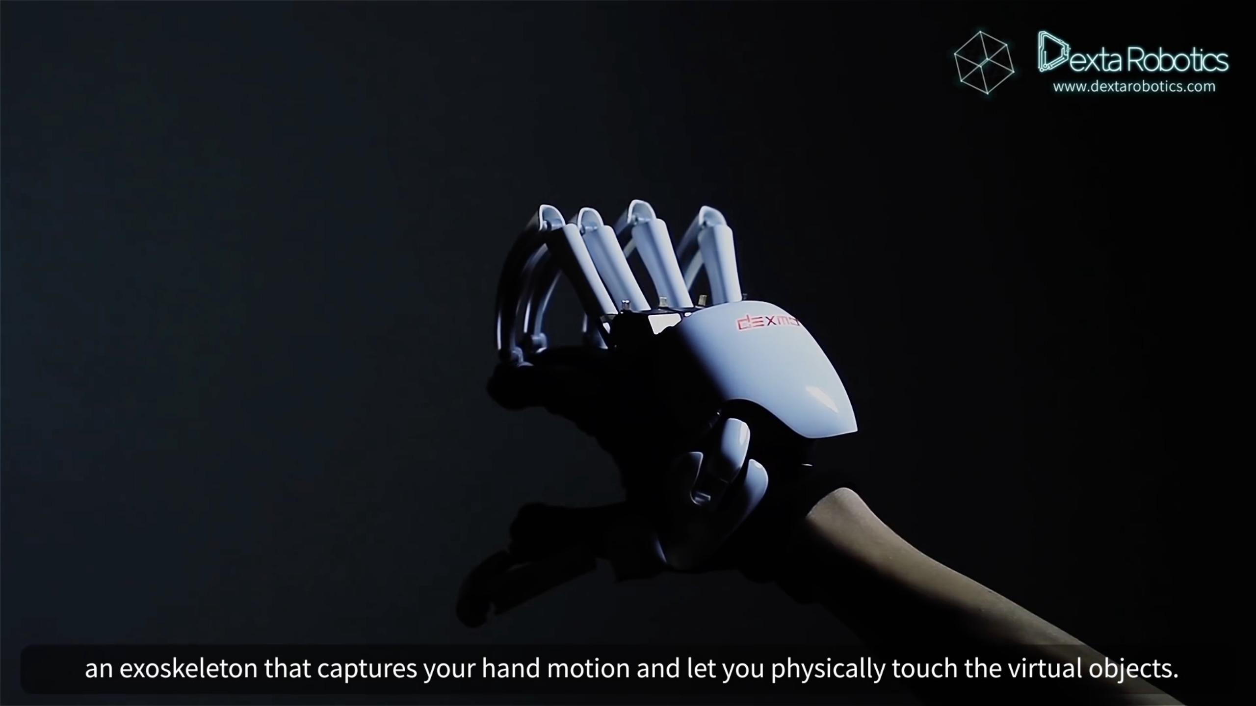Disse hanskene skal la deg føle objekter i den virtuelle verden.
