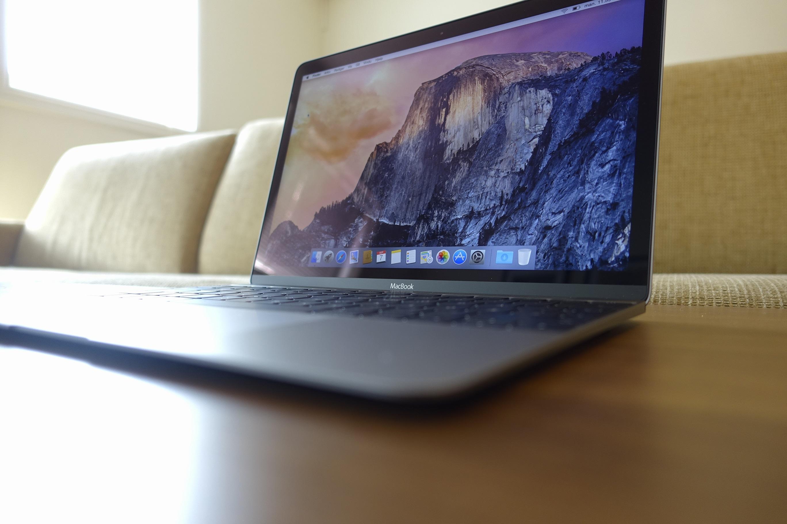 IBM hevder de sparer store summer på at de ansatte bruker Mac.