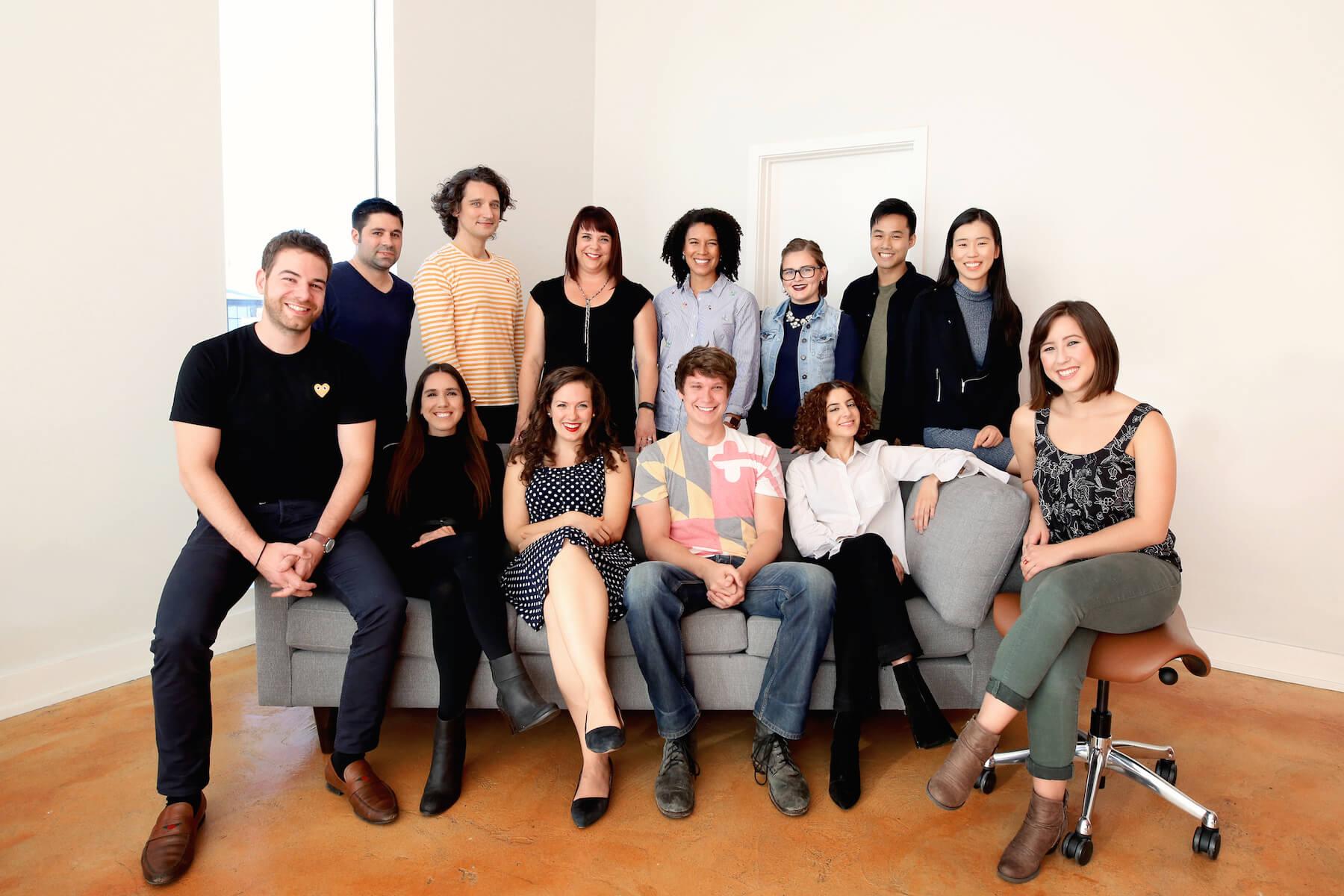 Nurx har vokst mye i løpet av et drøyt år. Her er hele teamet representert fra hovedkontoret i San Francisco.