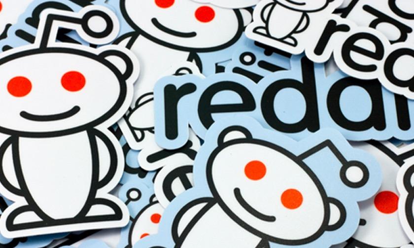 Reddit-sjefen beklager etter at han hadde redigert kommentarene til forumbrukere.