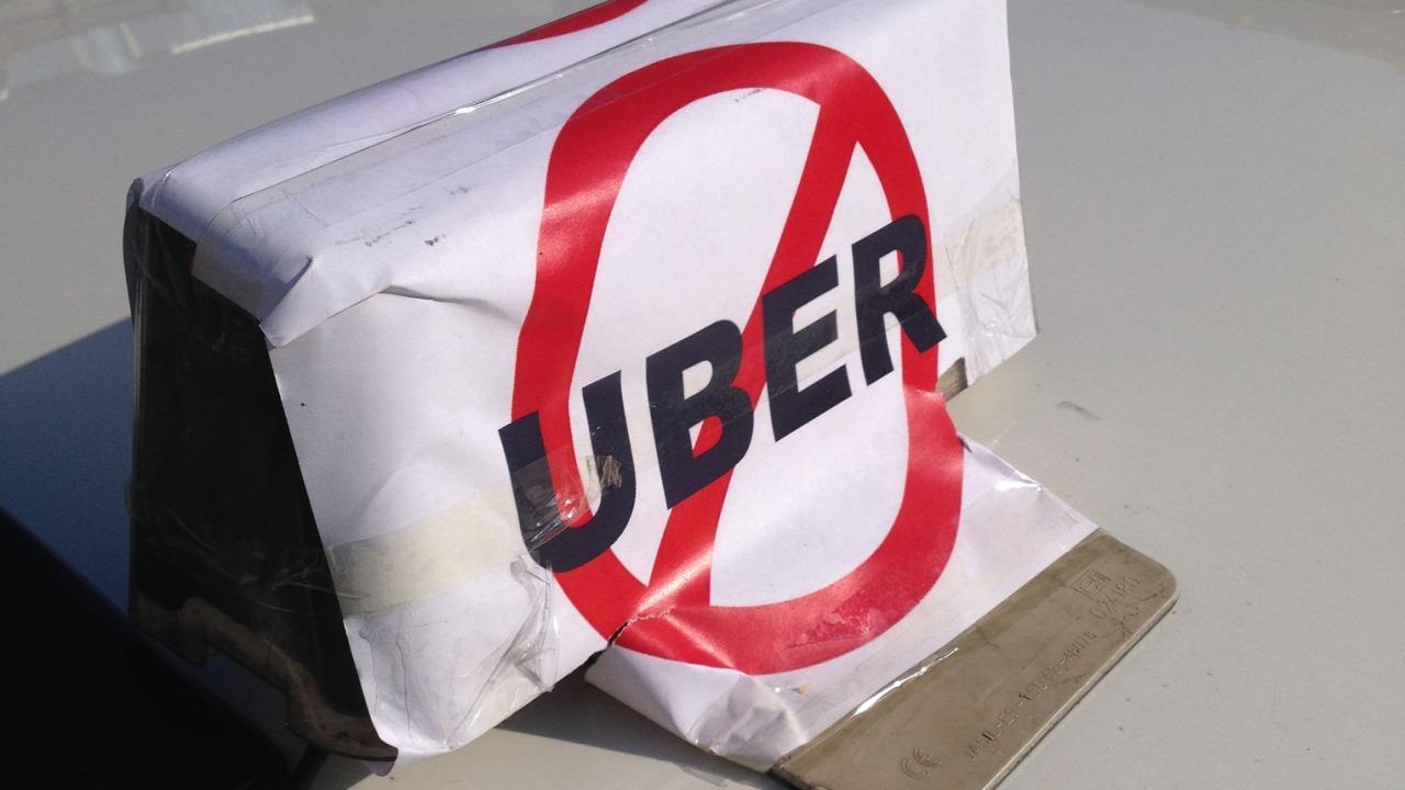 Norges taxiforbund anmelder i dag 105 Uber-sjåfører i Norge.