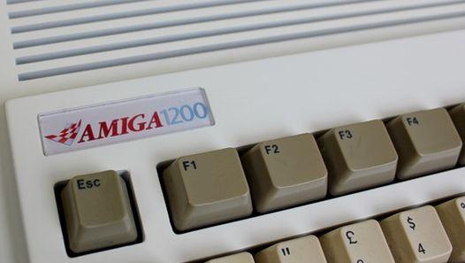 Amiga lever med ny maskinvare fra flere forskjellige produsenter, og til og med nye kasser og taster for de gamle.