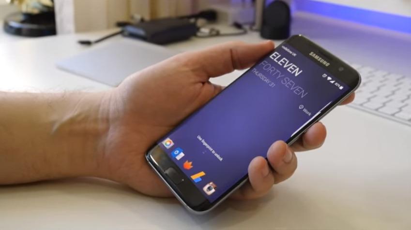 Samsung har investert i en egen AI, men det kan hende de ikke får brukt den i sine smarttelefoner.
