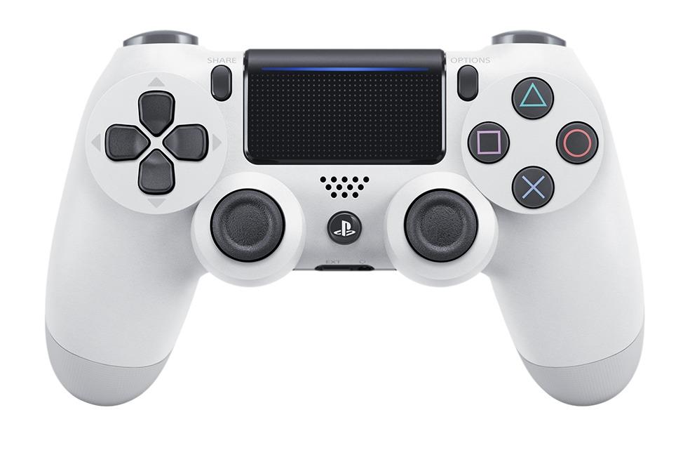 DualShock 4 er også blitt hvit.