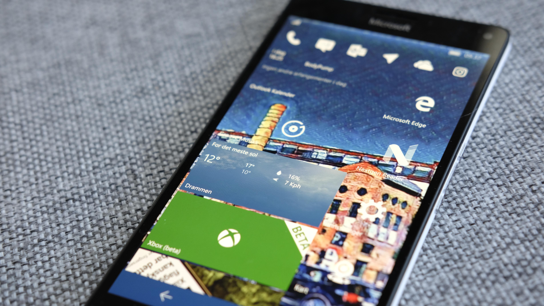 En svakhet i Windows 10 Mobile gjør bildene dine eksponert.