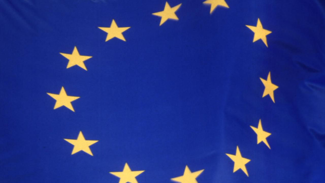 EUs konkurransemyndigheter har startet etterforskning av geoblokkering på Steam, og av prisfastsettelse fra store elektronikkleverandører. Begge kan føre til billigere produkter til forbrukere.