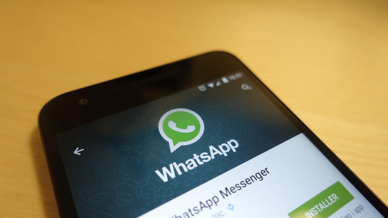 WhatsApp melder om at de har tettet sikkerhetshullet.
