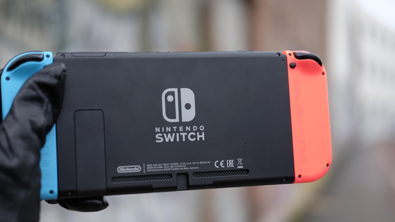 Switch er svært velbygget, men vi føler at Nintendo bommet med den integrerte støtten.