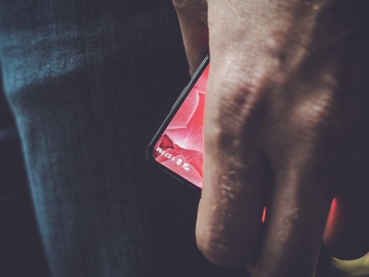 Her er den første smarttelefonen til Andy Rubin og selskapet hans.