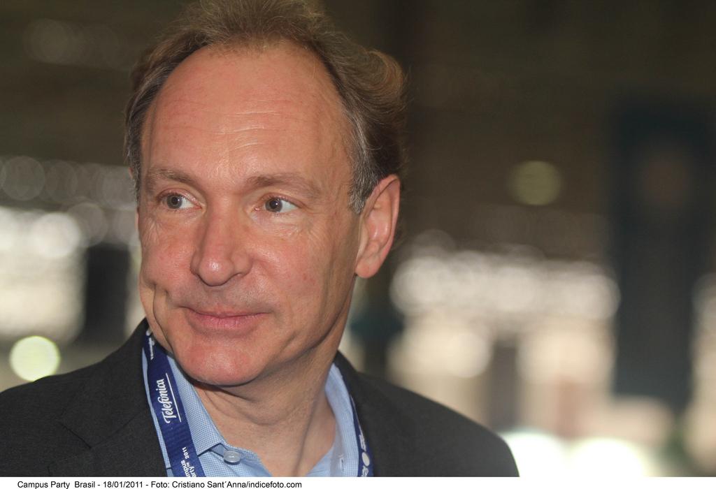 Bekymret: Tim Berners Lee er mer og mer bekymret over fremtiden til Internett.