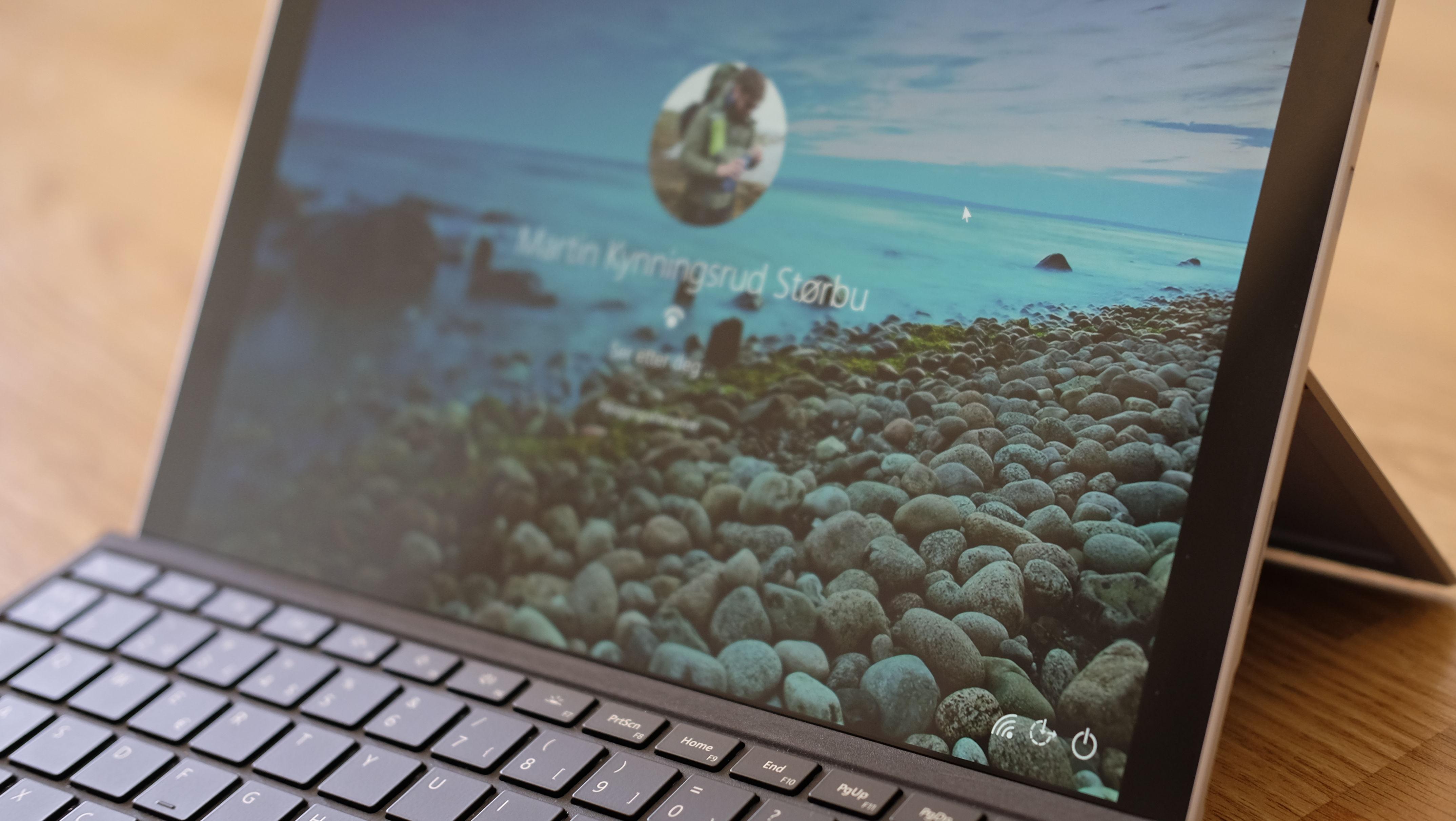 Surface Pro er en av de beste hybridene på markedet, men har du en Pro 3 eller 4 er det få grunner til å oppgradere.