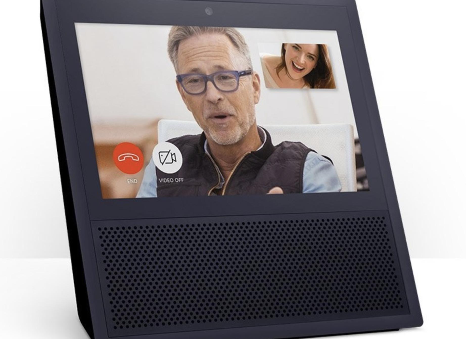 Echo Show er den nye Alexa-enheten med skjerm fra Amazon, et selskap som gjør det godt i skyen.