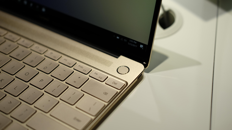 MateBook X er en av de første med Dolby-designede høyttalere.