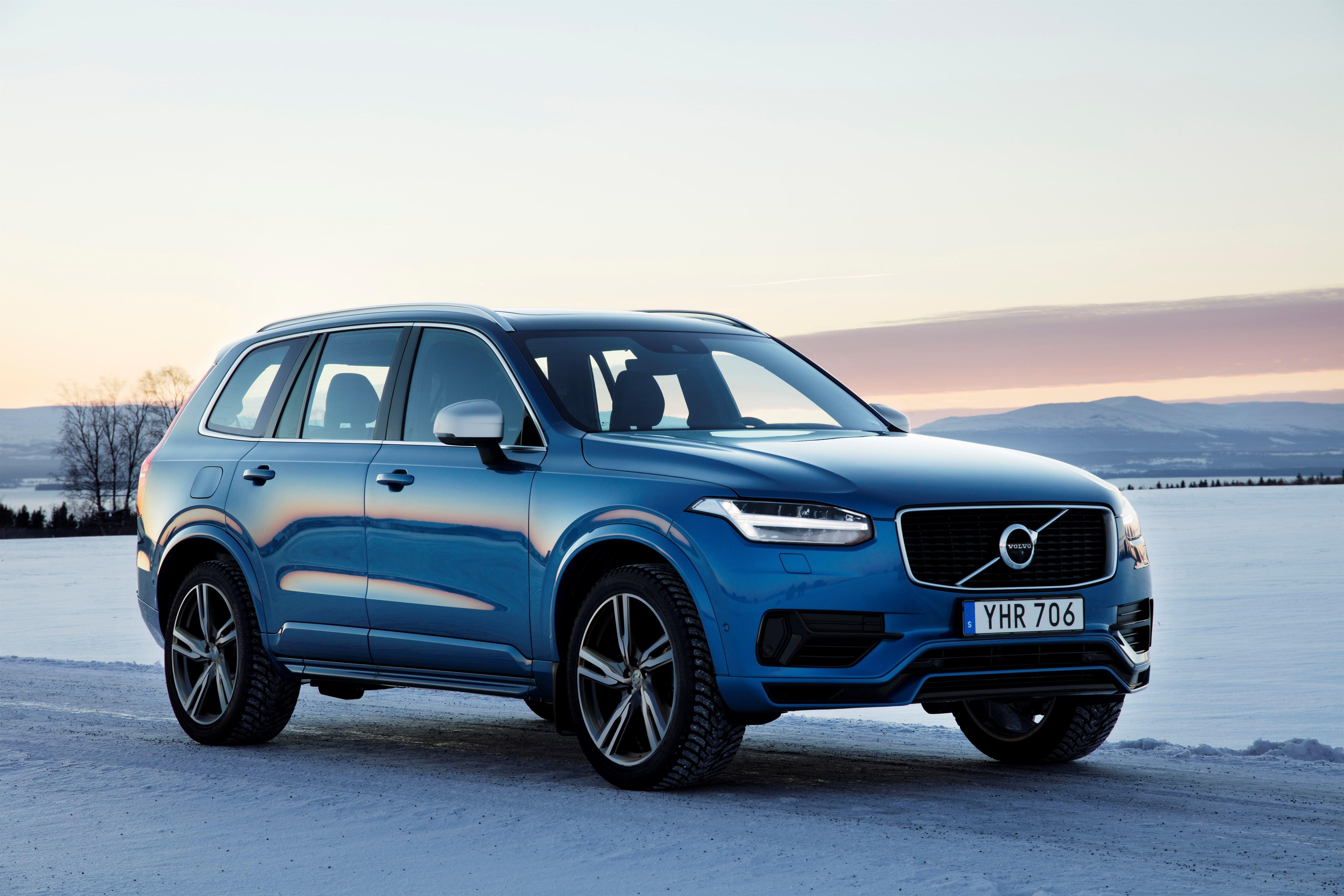 Kina ønsker å forby produksjon og salg av fossibiler. Volvo er en av bilprodusentene som skal satse på elbiler.