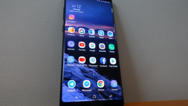 """Note 8 har en av markedets største skjermer med sine 6,3""""."""