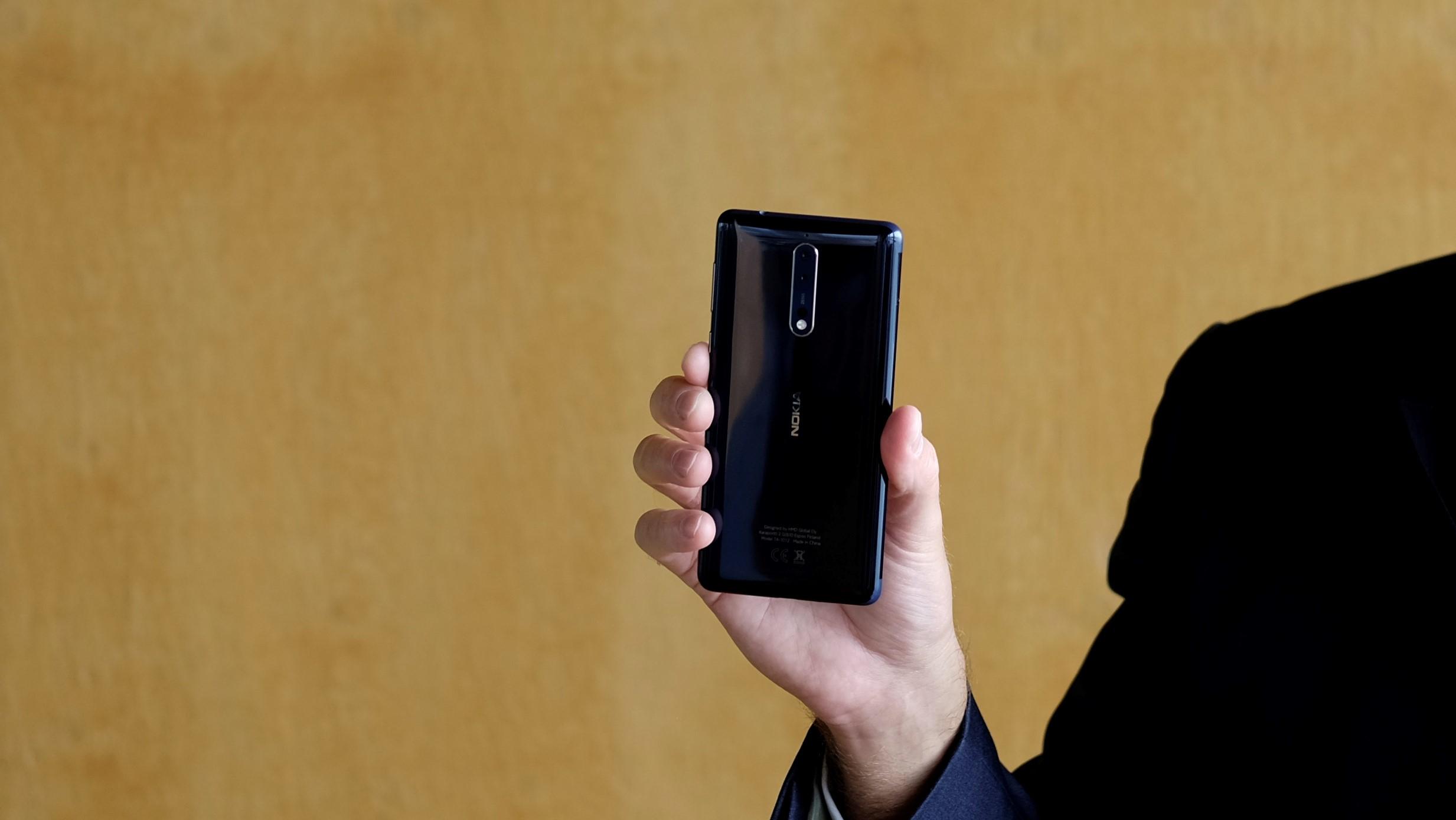 Nokia 8 er lovet Android 8.
