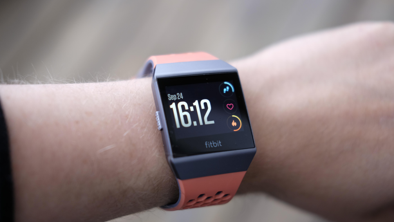 Fitbit Ionic er best på trening og helse.