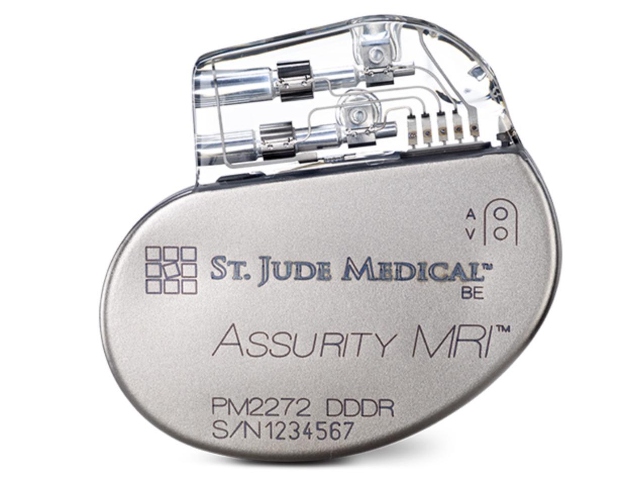 Det er funnet hull i pacemakere som kan utnyttes av hackere.