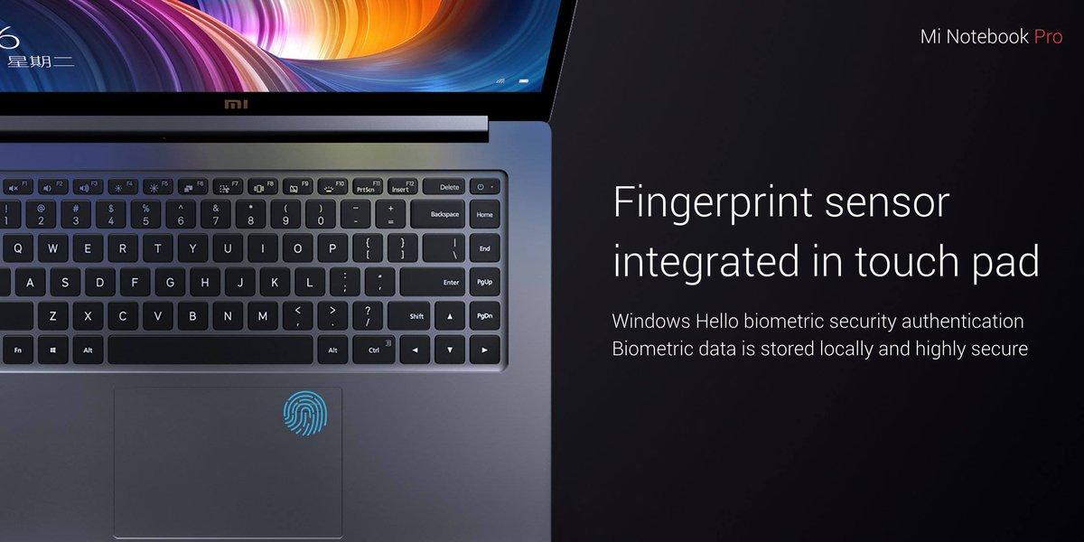 Styreflaten har integrert fingersensor.