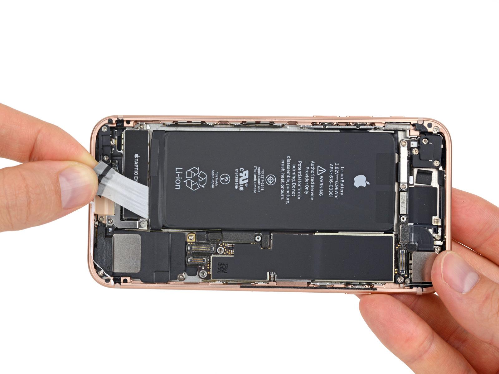 iPhone 8-komponentene koster mer enn fjorårets modell.