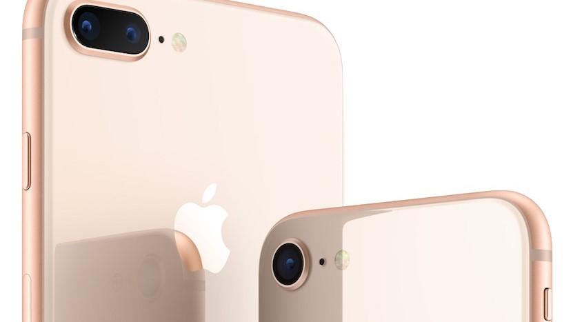 KGI anslår at iPhone 8 solgte halvparten så godt som iPhone 7 i åpningshelgen.