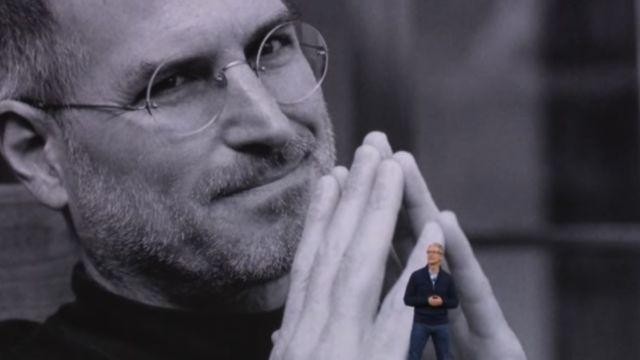 Steve Jobs døde i 2011, men det føltes mer i år enn tidligere at han ikke er her lenger, under Apples fire timer lange pressebonanza.