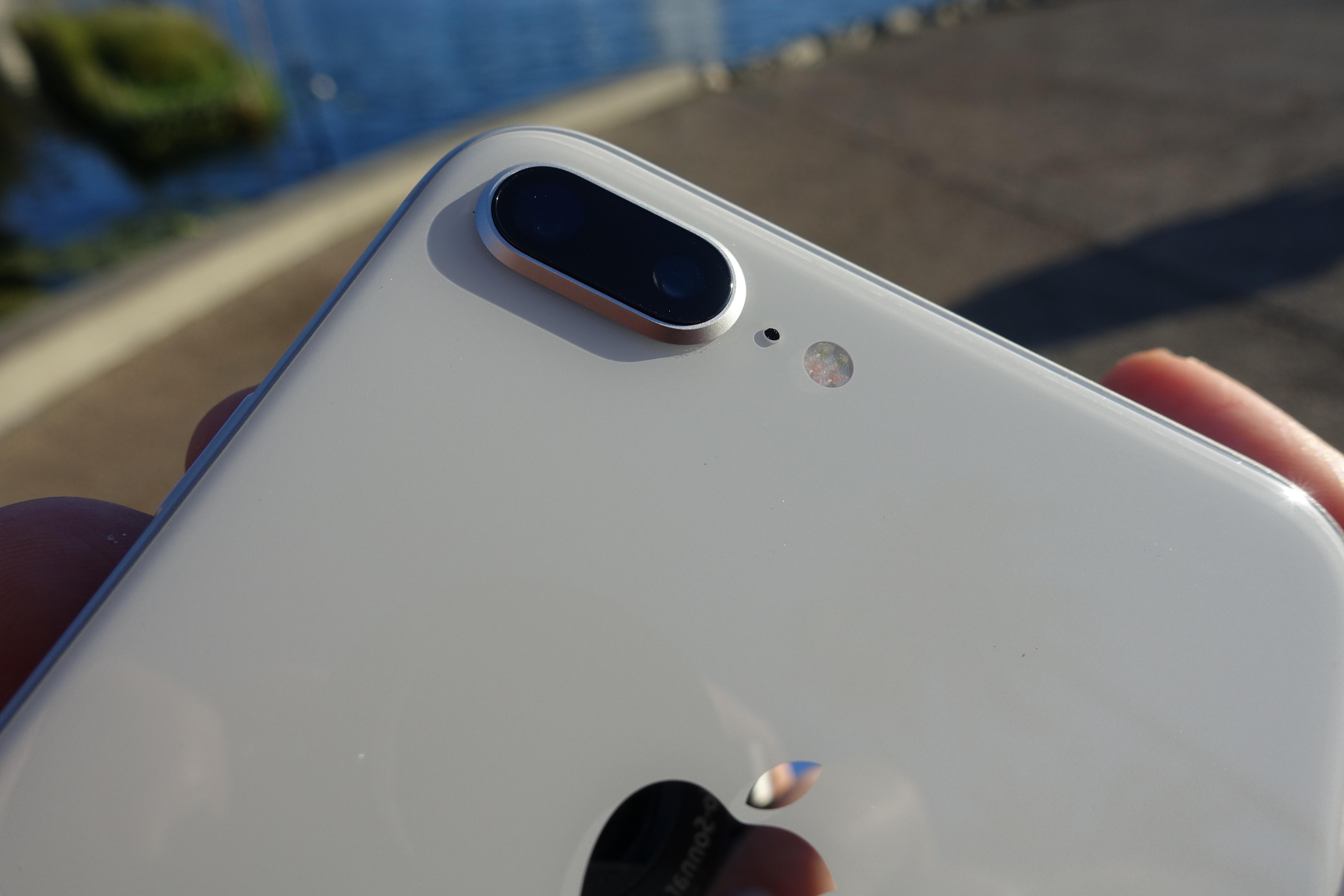 iPhone 8-kameraet har, takket være iOS 11, forskjellige lys-modus man kan velge mellom i portrett-modus.