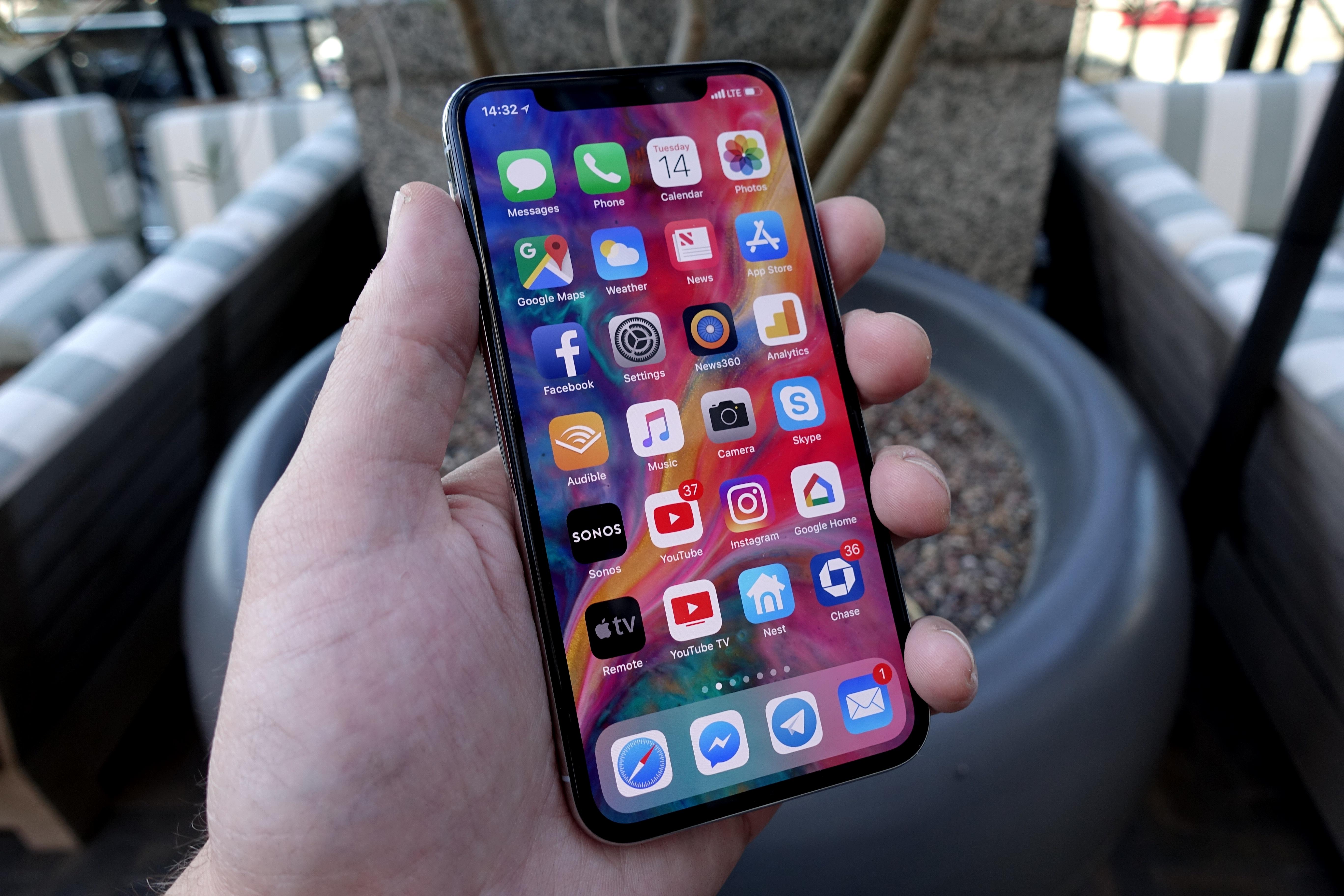 iPhone X er den beste mobilen for de fleste.