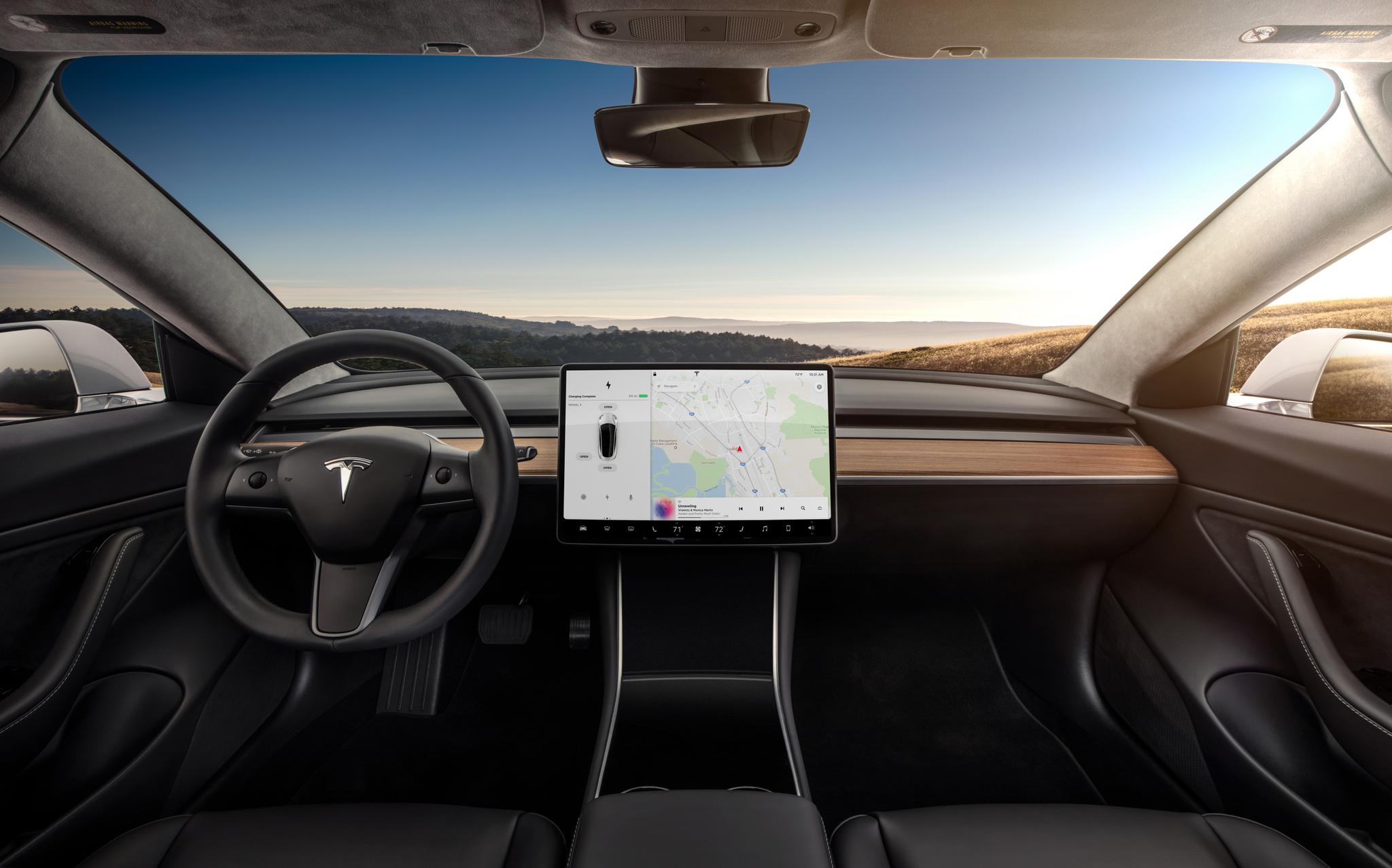 Bilveteran Bob Lutz tror Tesla vil gå konkurs.