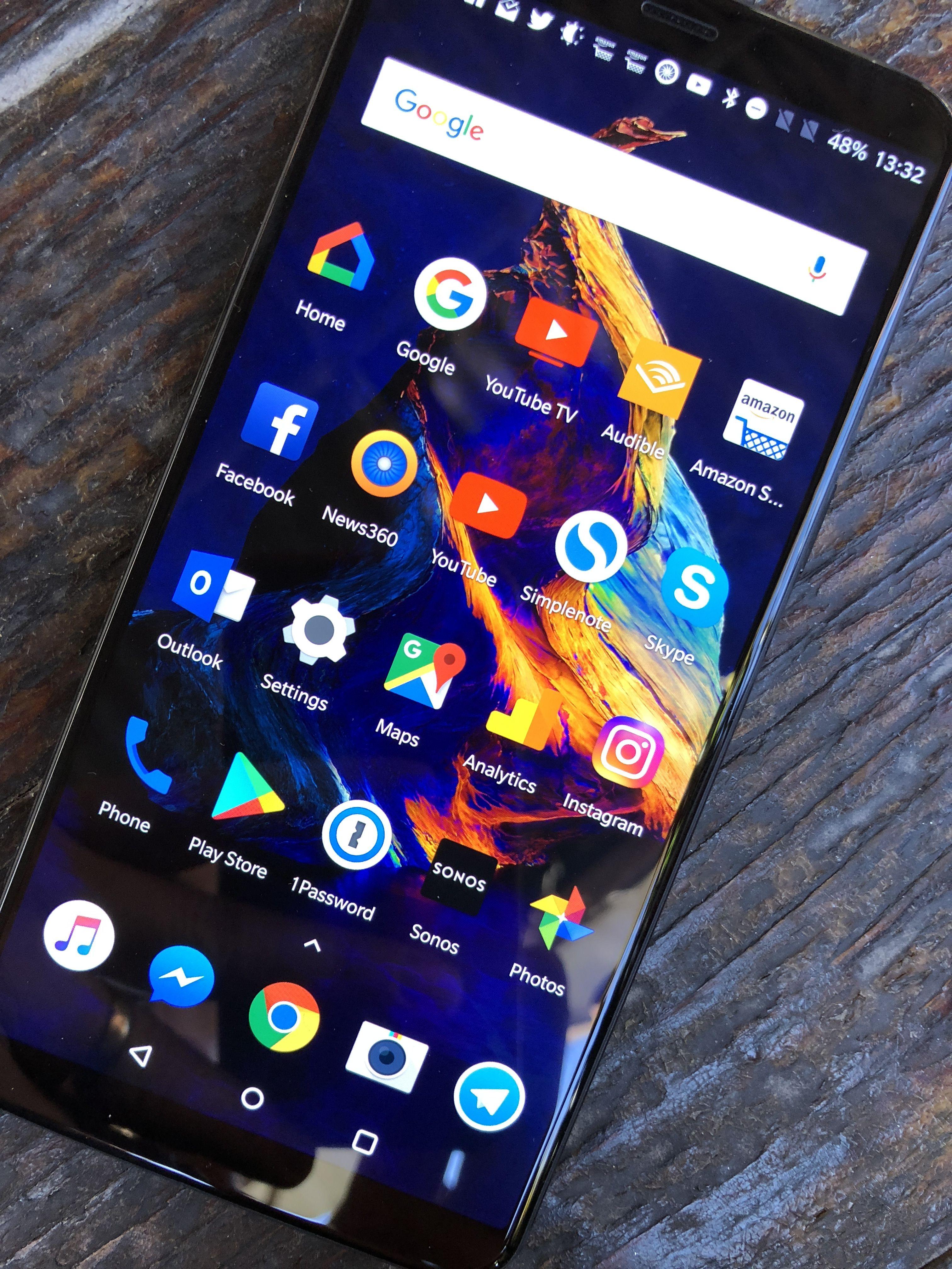 Grensesnittet vil ikke blåse noen som har testet Android før, av banen.