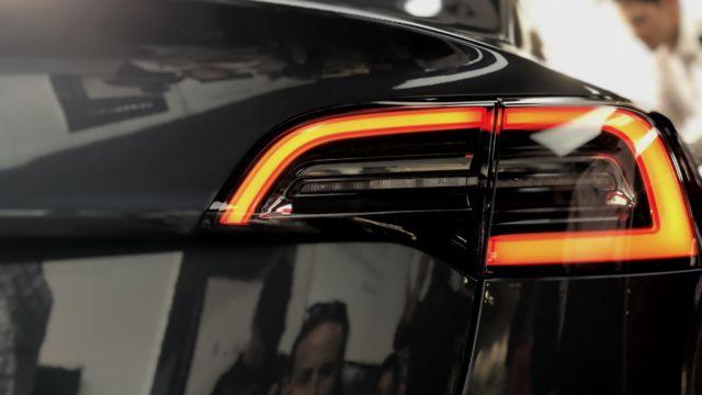 Model 3 er en pen bil, men designet skriker ikke at dette er en av de mest hypede produktene siden iPhone 1.