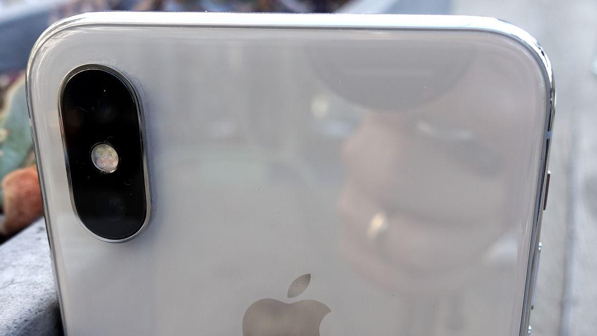 Allerede i september kan det være over for iPhone X.
