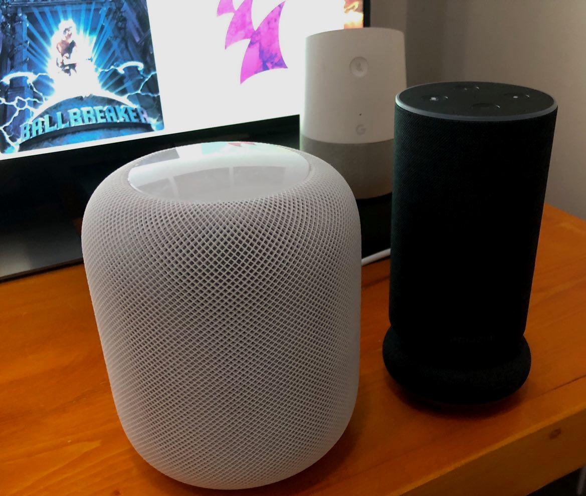 Vår HomePod-anmeldelse med lyd-konkurranse mot konkurrentene er på vei. I mellomtiden lytter vi intenst.
