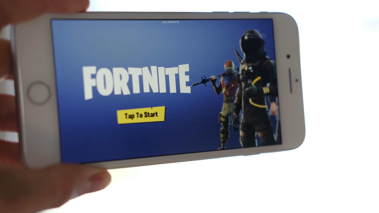 Fortnite kan nå lastes ned til iPhone og iPad.