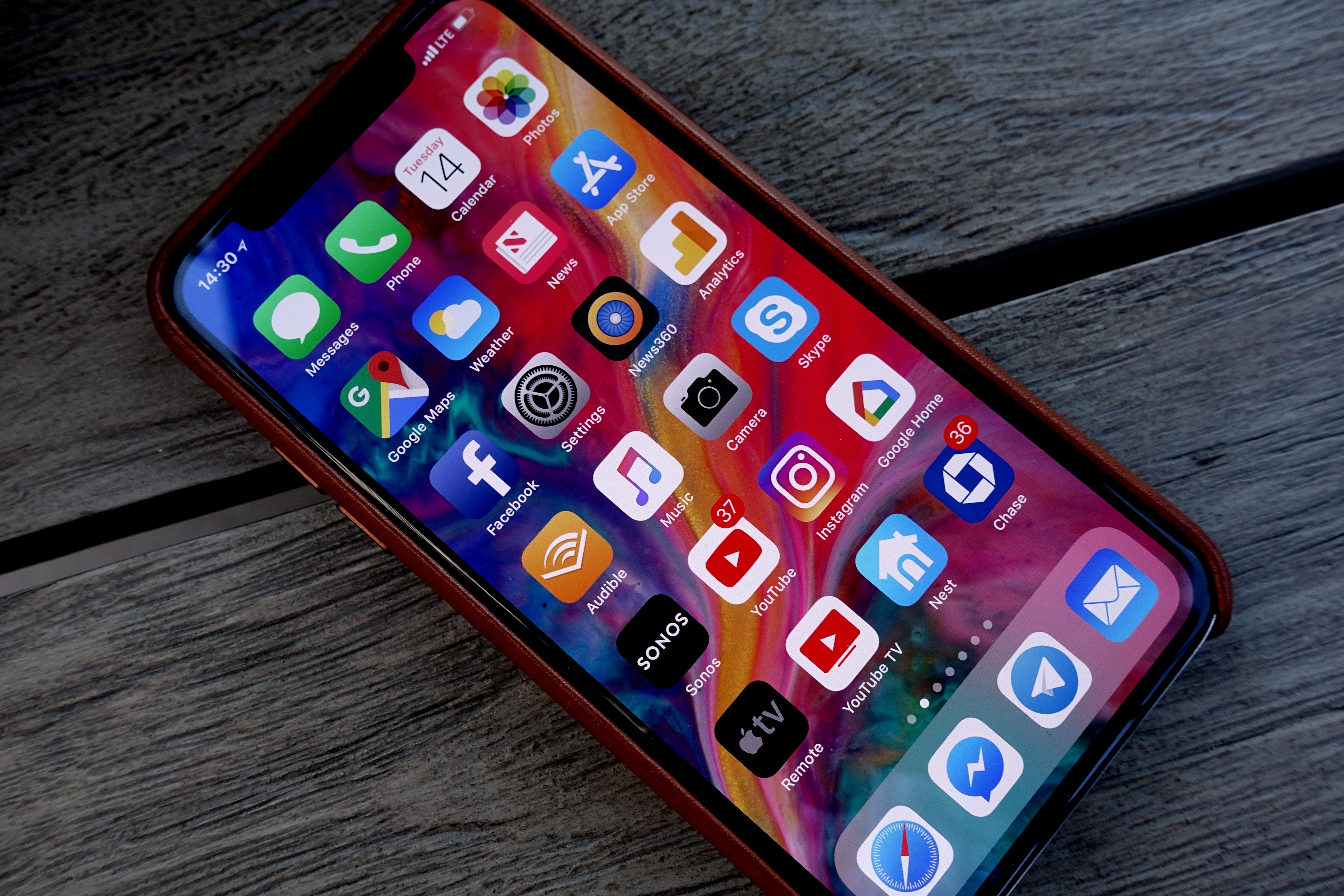 iPhone X er igjen nummer én.