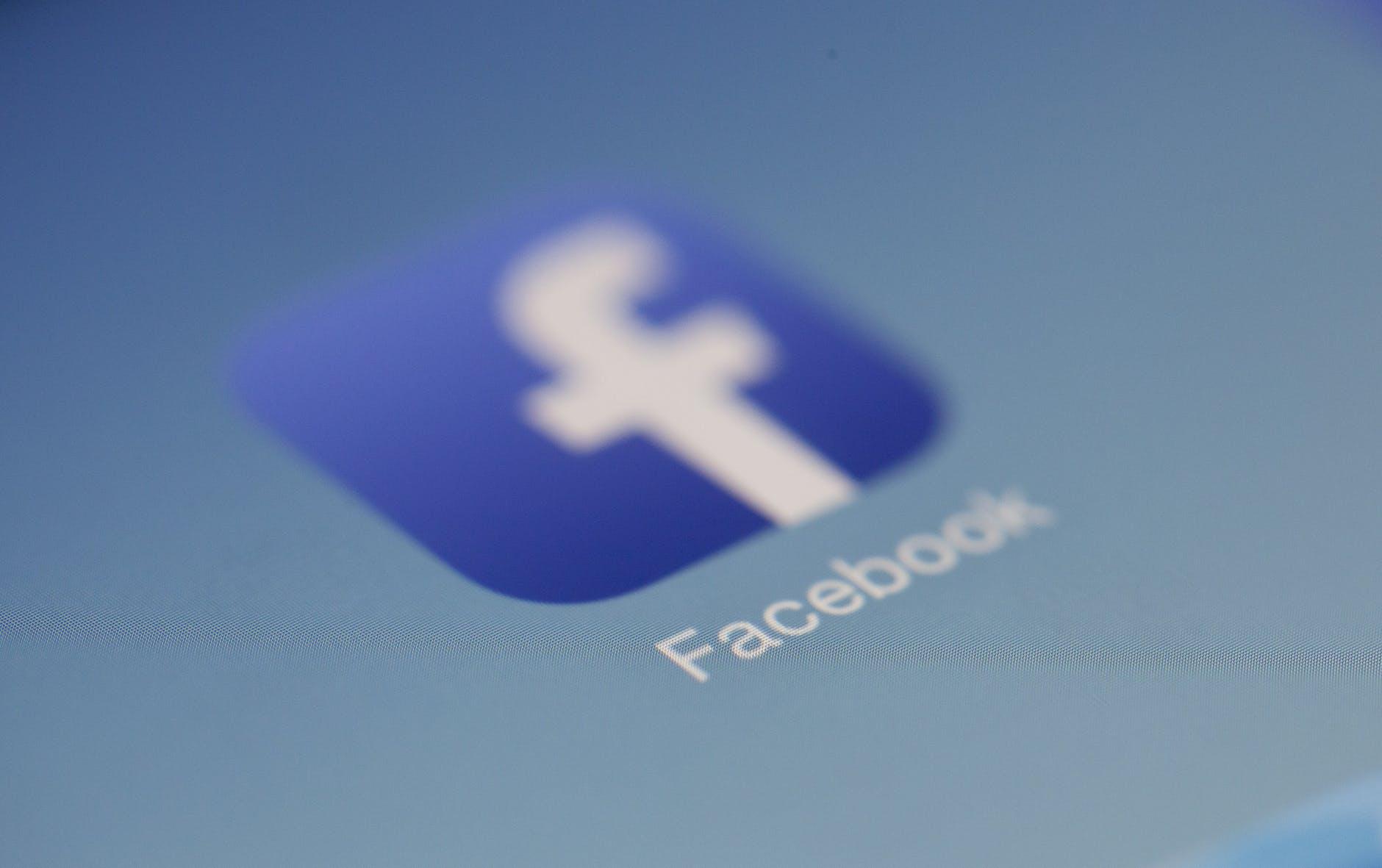 Facebook innhenter samtalehistorikk - nå blir det endringer