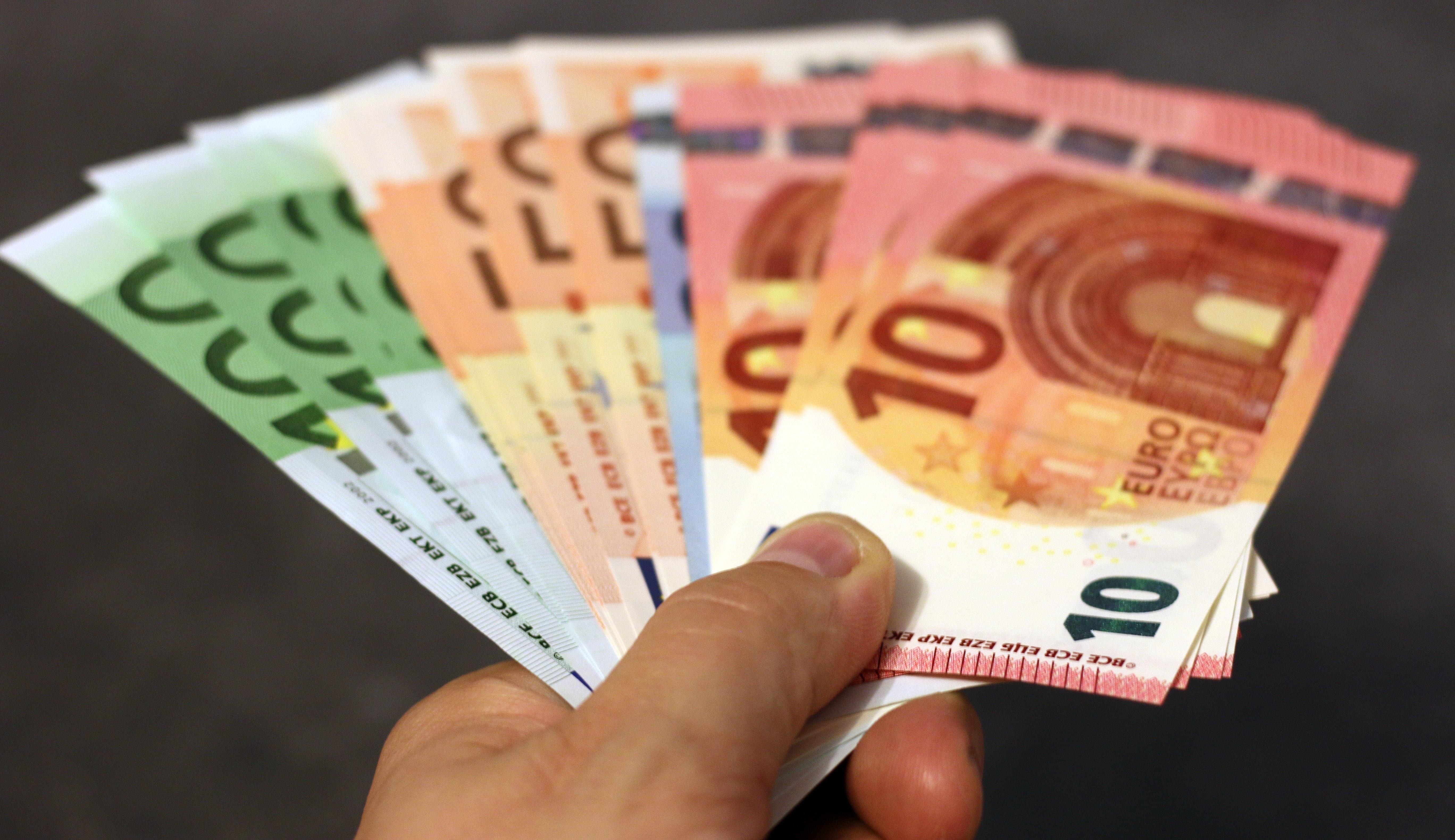 Apple skal betale 13 milliarder euro til Irland