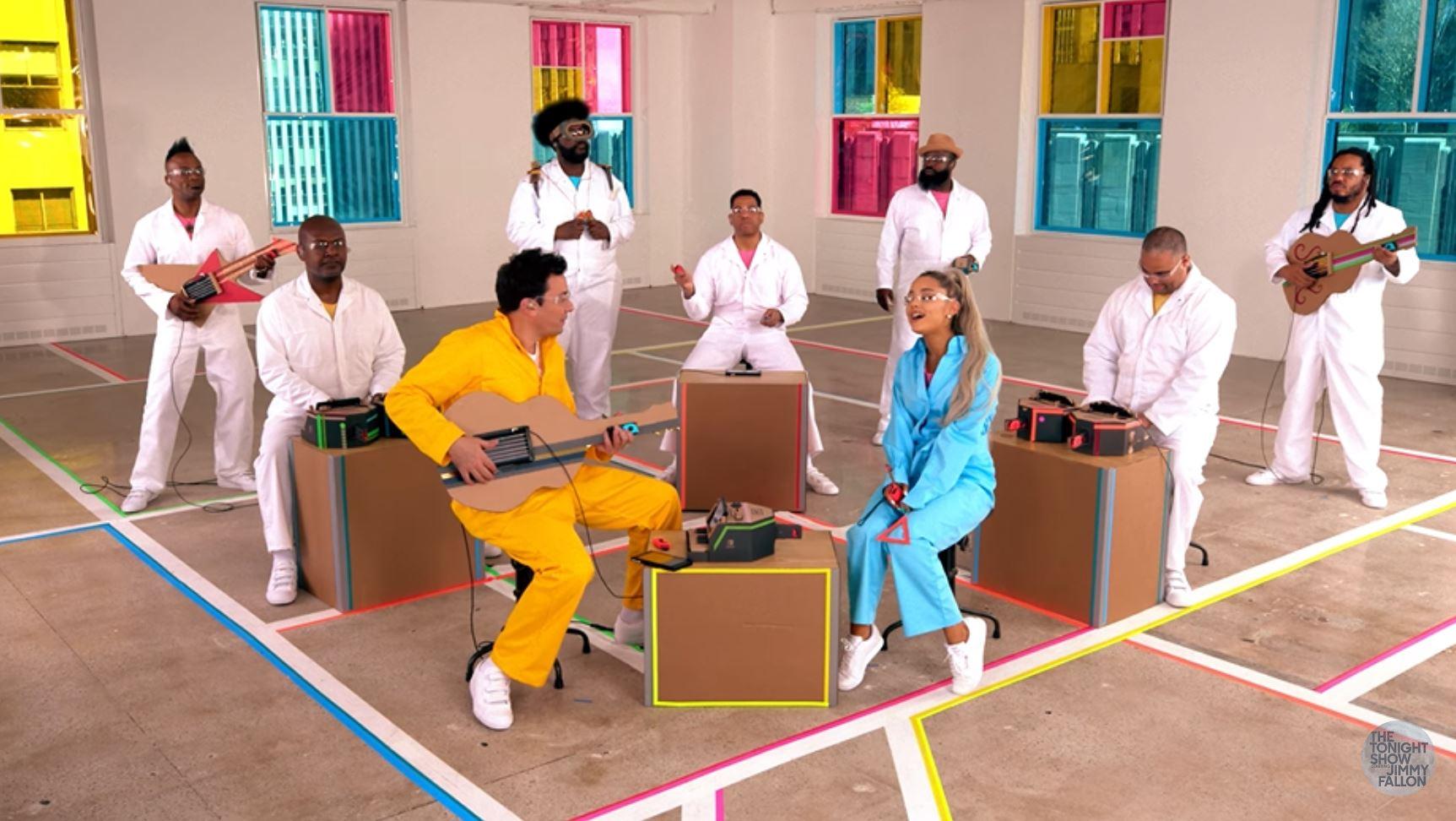 Se Ariana Grande, Jimmy Fallon og The Roots bruke Nintendo Labo som instrumenter.
