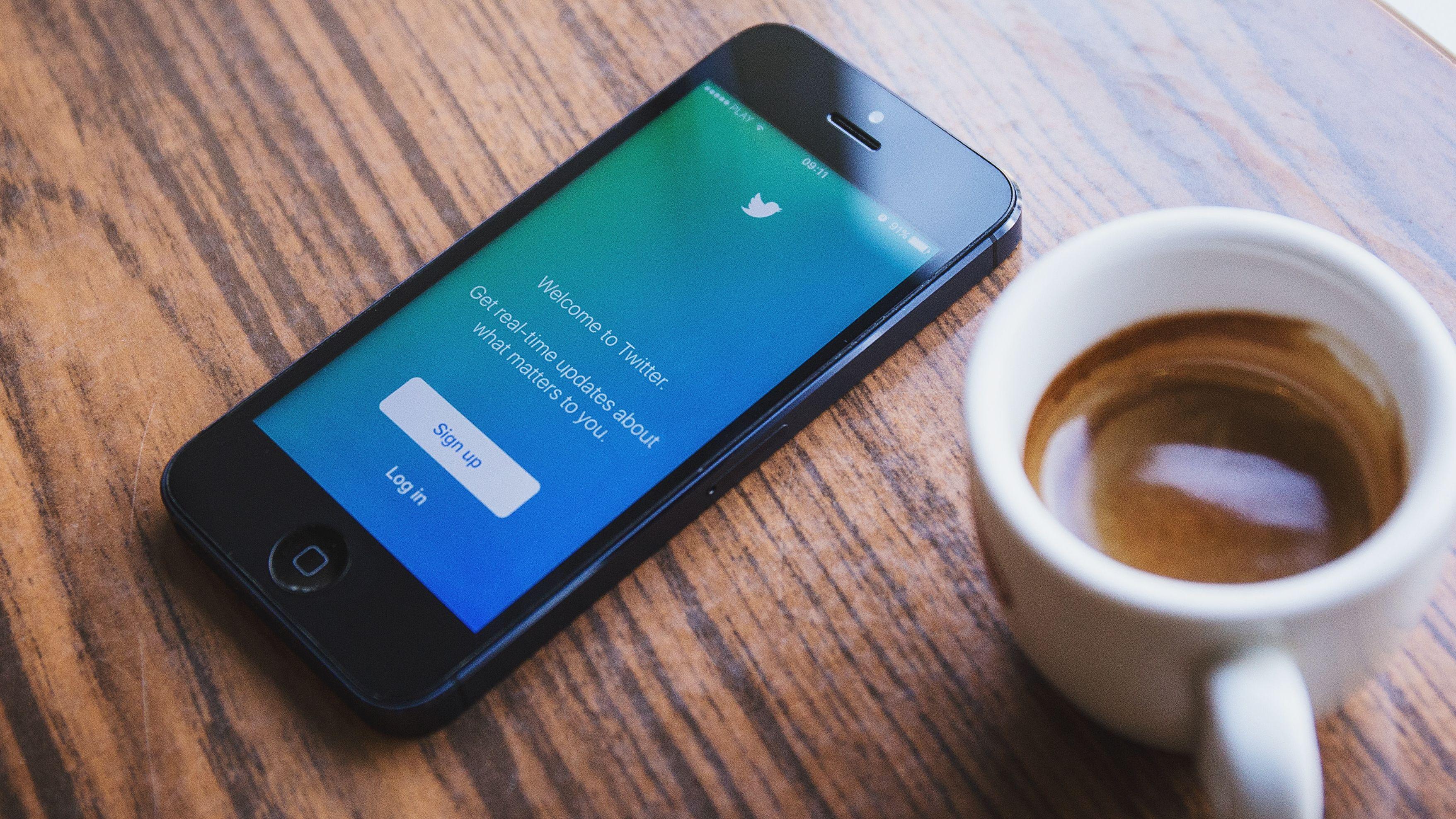 Bytt Twitter-passordet ditt med en gang