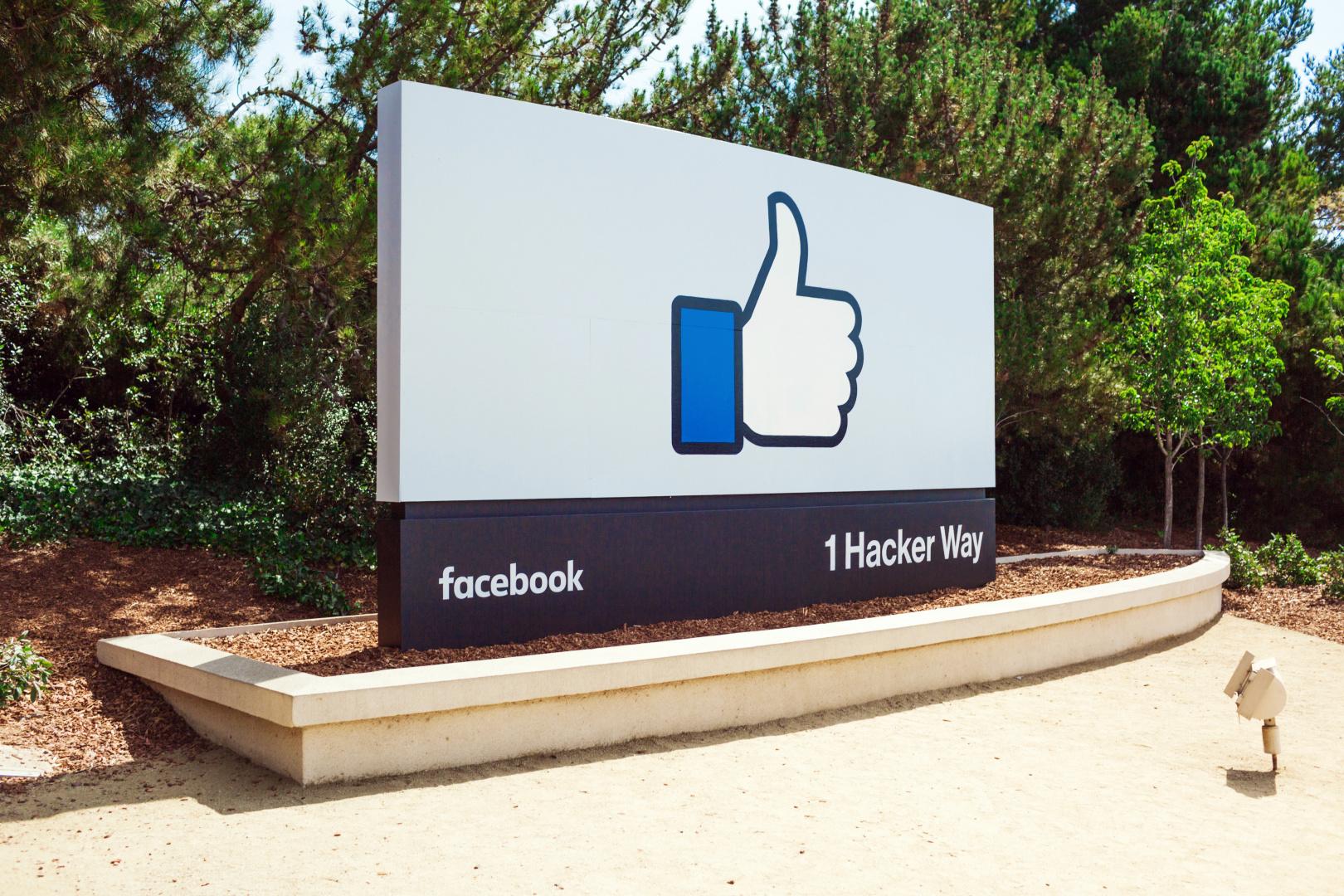 Dette lander stenger Facebook-tilgangen i en måned.