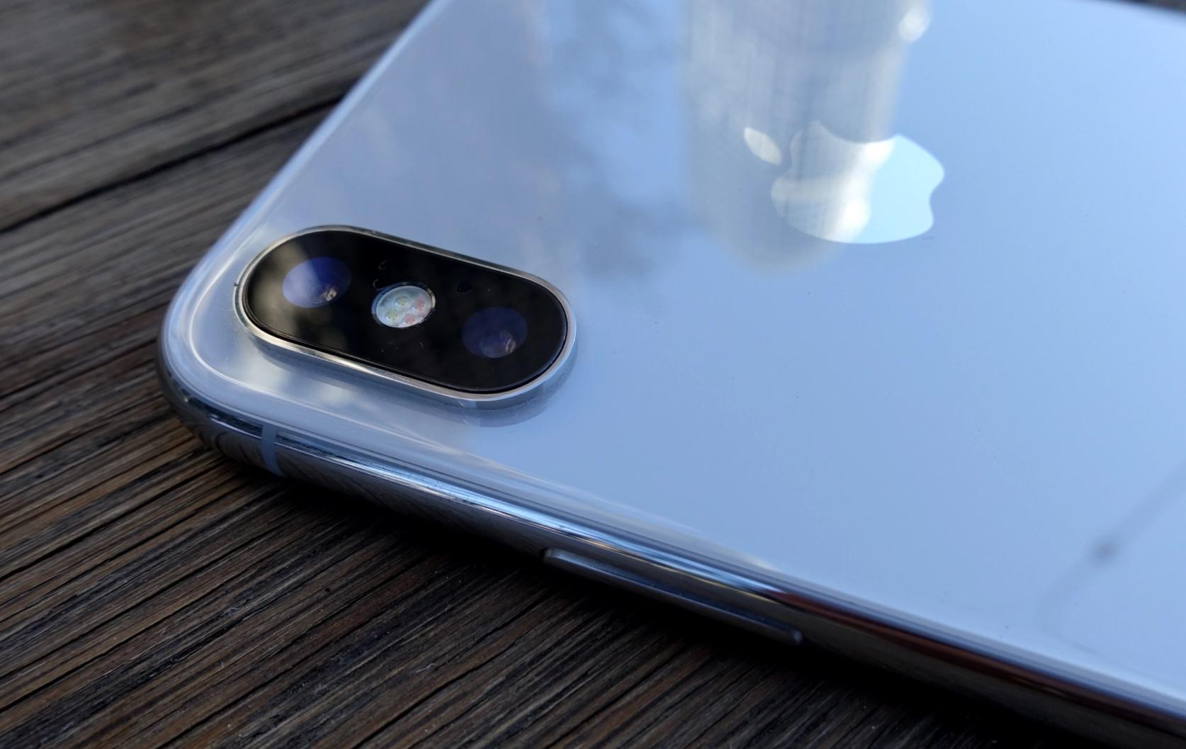 Den gamle ringreven er en av verdens rikeste: bryr seg ikke om iPhone X-salget - løfter Apple til nye høyder