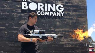 Her plukker han opp Elon Musks «flammekaster»