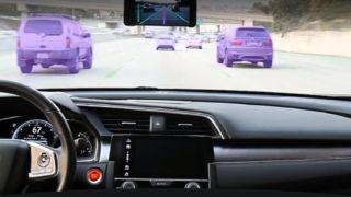 Slik utstyrer verdenskjent iPhone-hacker biler med autopilot