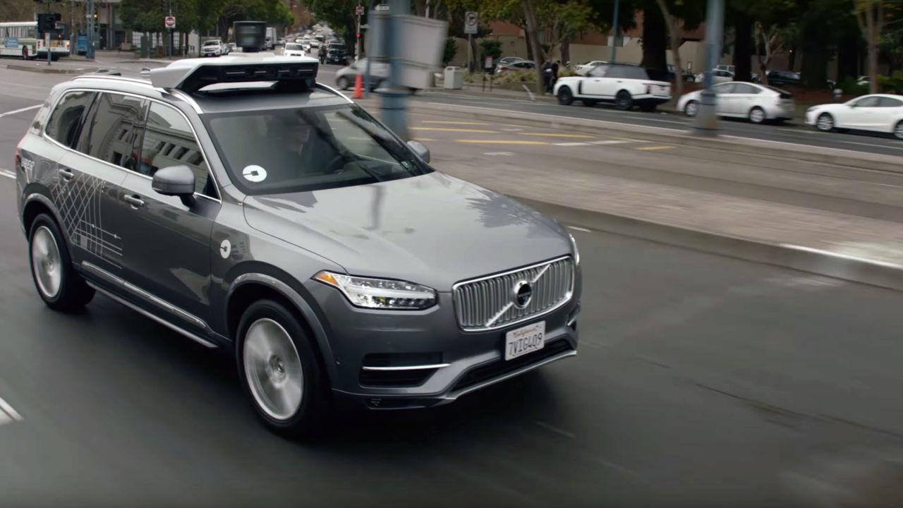 Uber stopper utviklingen av selvkjørende lastebiler